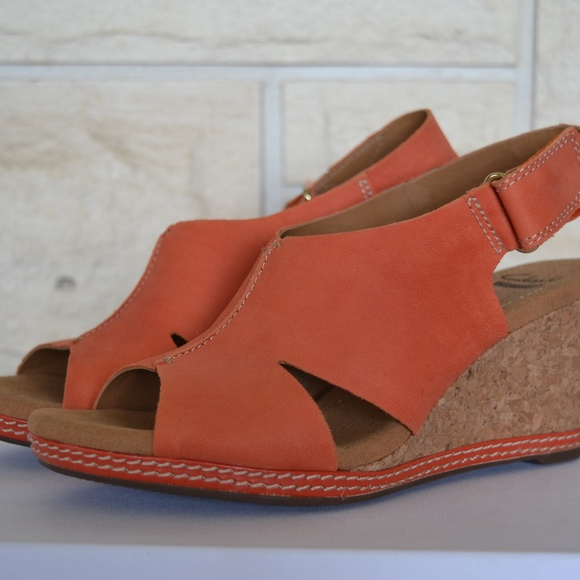 e56368dd430 Clarks Shoes - Clarks Salmon Wedge Sandals 7